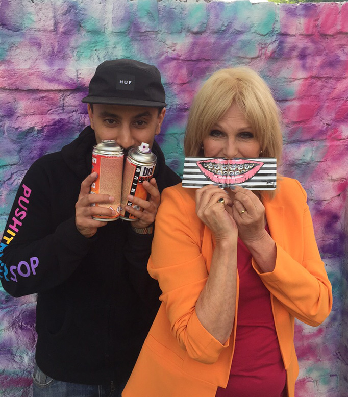 ABSOLUTELY FABULOUS PAINTING WITH JOANNA LUMLEY & BRIXTON SOUP KITCHEN