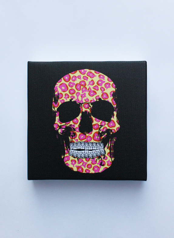 LEOPALICIOUS SKULL PINS CANVAS 2