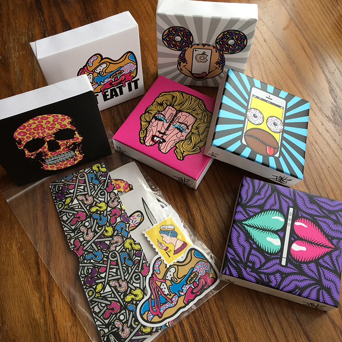 FREE STICKER & OYSTER WALLET PACK WITH CANVAS BLOCK