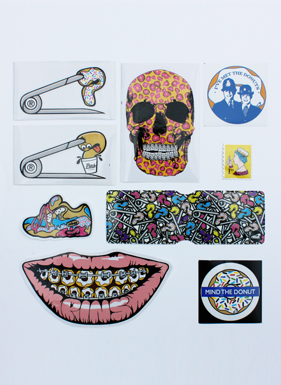 PINS STICKER OYSTER WALLET PACK